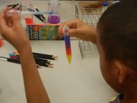 あら不思議!?試験管内に虹ができた!